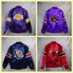 Chaquetas NBA Hardwood Classics. Los Angeles Lakers, Toronto Raptors, New Jersey Nets, Chicago Bulls. Detrás